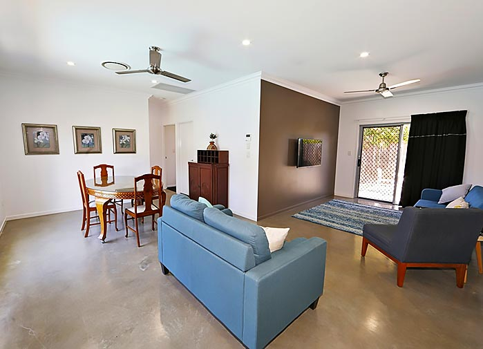 2 bedroom pool view - Bagara - living room 2